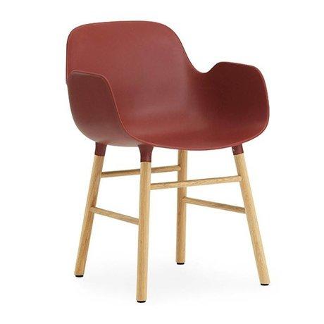 Normann Copenhagen chaise en plastique rouge avec 80x56x52cm en bois de l'accoudoir Formulaire