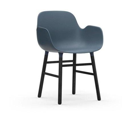 Normann Copenhagen Chaise à accoudoirs Formulaire bois plastique noir bleu 80x56x52cm