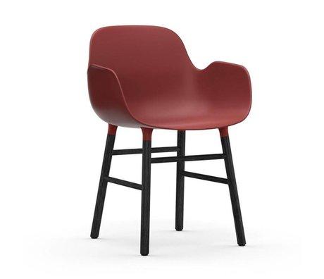 Normann Copenhagen Chaise à accoudoirs Formulaire bois plastique noir rouge 80x56x52cm