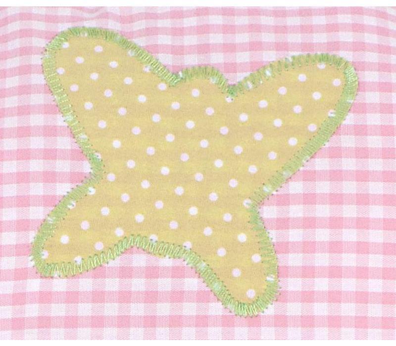 Namenskissen mit Schmetterling und Herz, Farbe: Rosa kariert