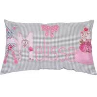 Individuelles Kissen mit Namen bestickt, dem rosa Törtchen und der Maus
