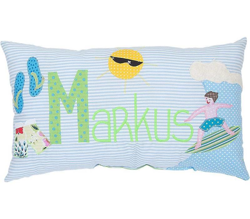 Kissen mit Namen bestickt und coolem Surfer