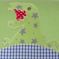 Kindergartentasche mit Namen bestickt mit Dino