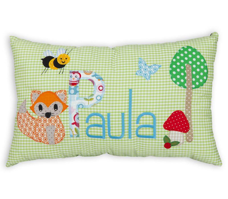 Kissen mit Namen bestickt und einem kleinen Fuchs und  Biene, Farbe: Hellgrün, Aqua