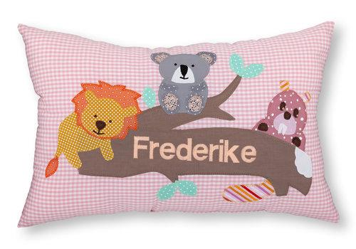 crêpes suzette Namenskissen mit Löwe, Koalabär und Biber rosa