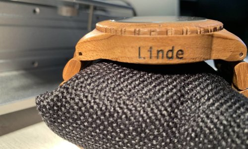 Decemberactie! Gratis gravering bij aanschaf van een houten horloge!