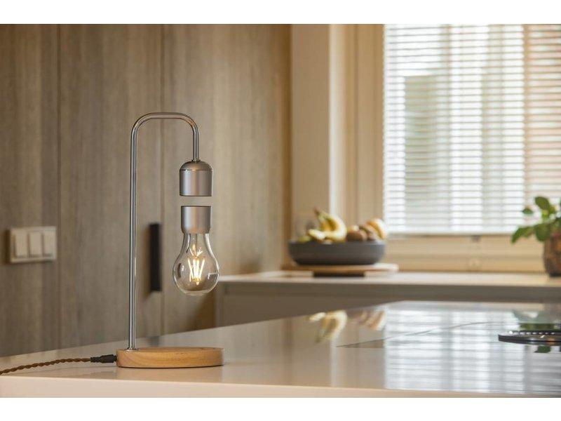 Lumbr Lumbr Air | Hängelampe mit Sockel aus Eichenholz