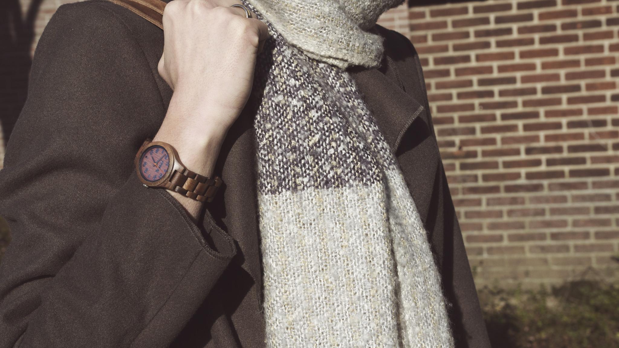 Houten accessoires make you shine: Een absolute must bij elke outfit