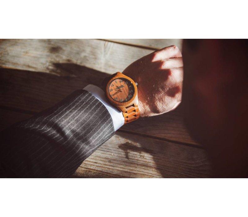 Wooden Watch T1M3 Walnut Large