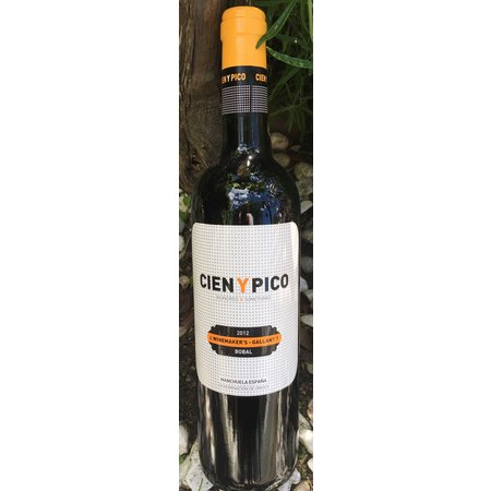 2015 Cien y Pico Manchuela Winemaker's-Gallant Bobal