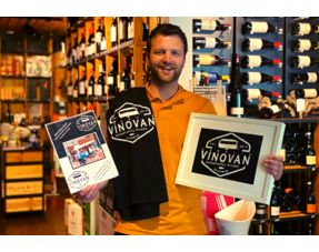 VinoVan mobile wine bar