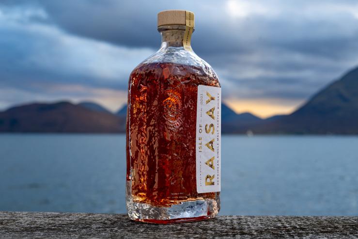 Das Inaugural Release der Raasay Distillery