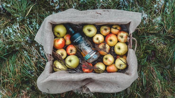 Dänemark trifft Frankreich: Stauning Single Calvados Cask für Kirsch Import