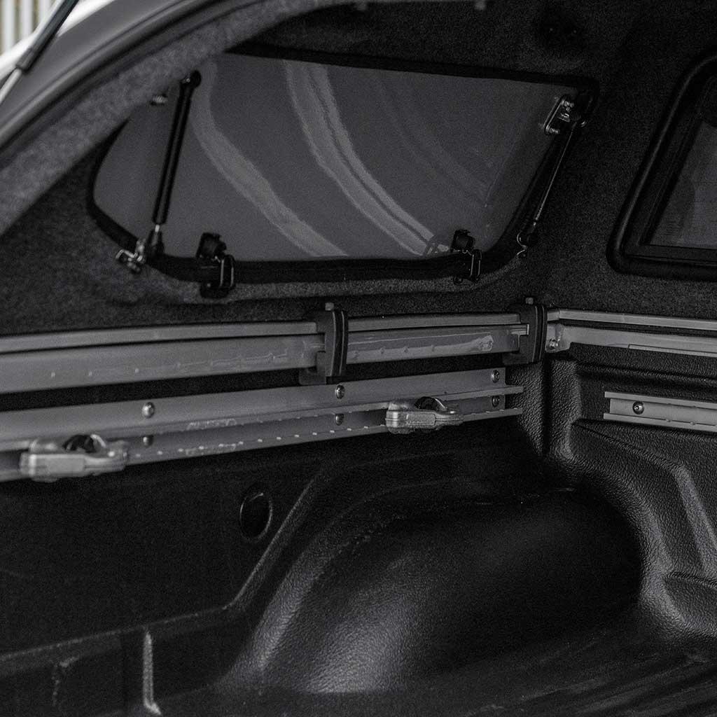 S-Series Vaste Dubbele Deuren hardtop Nissan NP300 (D23 Navara Navara)