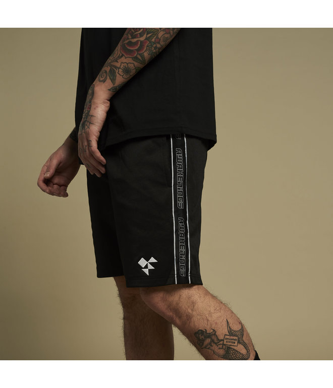 Awakenings shorts black/tape