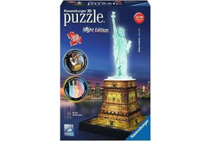 Ravensburger 3D Puzzel (108stuks) - Statue of Liberty (New York) - Night Edition