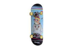 "Maple Leaf Skateboard 28"" - Skippy"