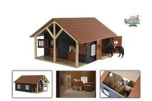 Paardenstal hout met 2 boxen en berging