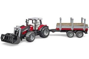 Tractor Massey Ferguson 7480 met voorlader en houttrailer