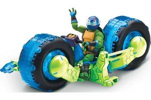Giochi Preziosi Rise of The Teenage Mutant Ninja Turtles - Deluxe voertuig + figuur