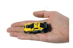 Revell revell rc mini car geel