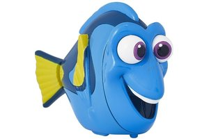Bandai Swigglefish finding dory