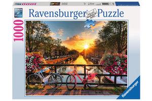 Ravensburger Puzzel (1000stuks) - Fietsen in Amsterdam