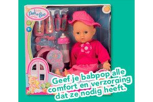 Peek-a-boo Babypop met melkfles + acc