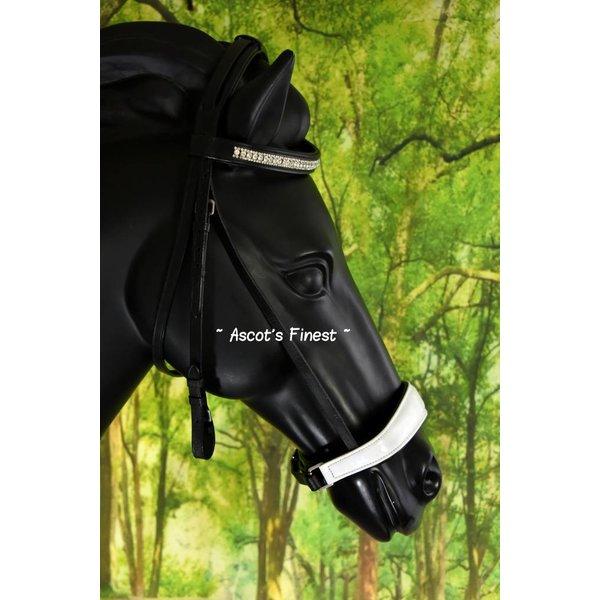 Zwart rundlederen hoofdstel met witte lak en lage neusriem - Pony, Cob en Full