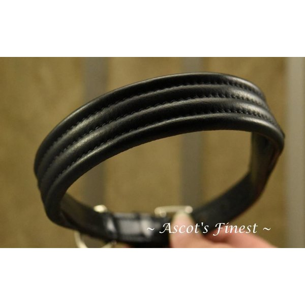 Zwart lederen halsband met stiksel - 50 cm