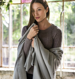 BVT CHÂLE CAMARGUE / 100% merino wool from Arles Antique / 100 X 200 cm