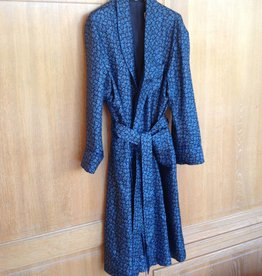Piet Nollet Dressing gown in 100% silk and lined (inside) with 100% Silk.