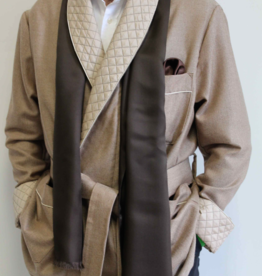 Piet Nollet ROOM JACKET Short jacket in 100% wool and with a soft cashmere finish.