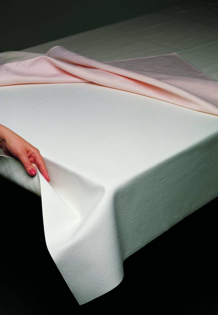 Piet Nollet Bulgome table protector
