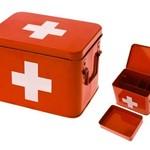PT Medicijn box rood met wit kruis M