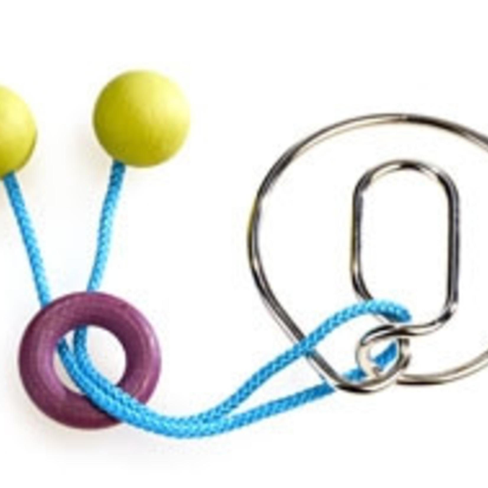 Eureka Verwijder de ring en het touw en zet hem weer in elkaar voor het volgende slachtoffer