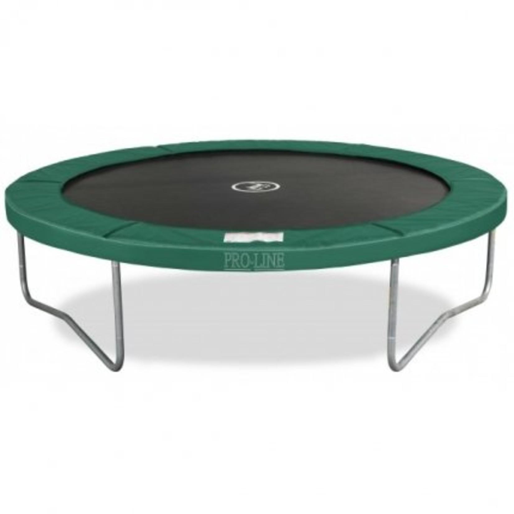 Avyna Top kwaliteit trampoline, die zeer veilig is en onderhoudsvriendelijk.Doorsnee 245cm en hoogte 67cm