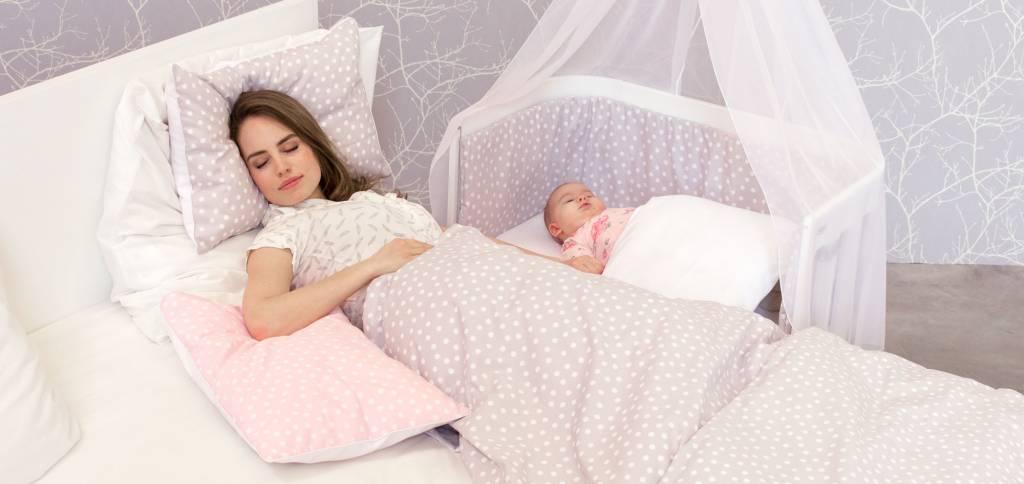 BabyBay co-sleeper aanschuifbedjes, in vier modellen en handige accessoires