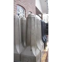 Amsterdammertjes (type 1) grijs beton H 80 cm
