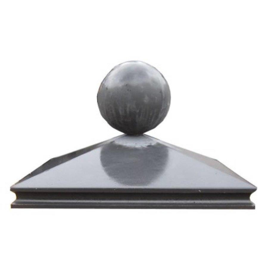 Paalmutsen met sierrand van 37x37cm met een bol van 12cm