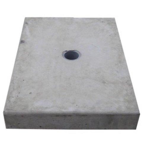 Paalmutsen vlak met een gat 24x24 cm