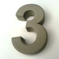 Huisnummer beton nr. 3