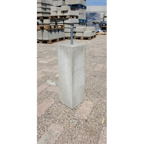 Betonpoer 15x15 en 50 cm hoog grijs M16