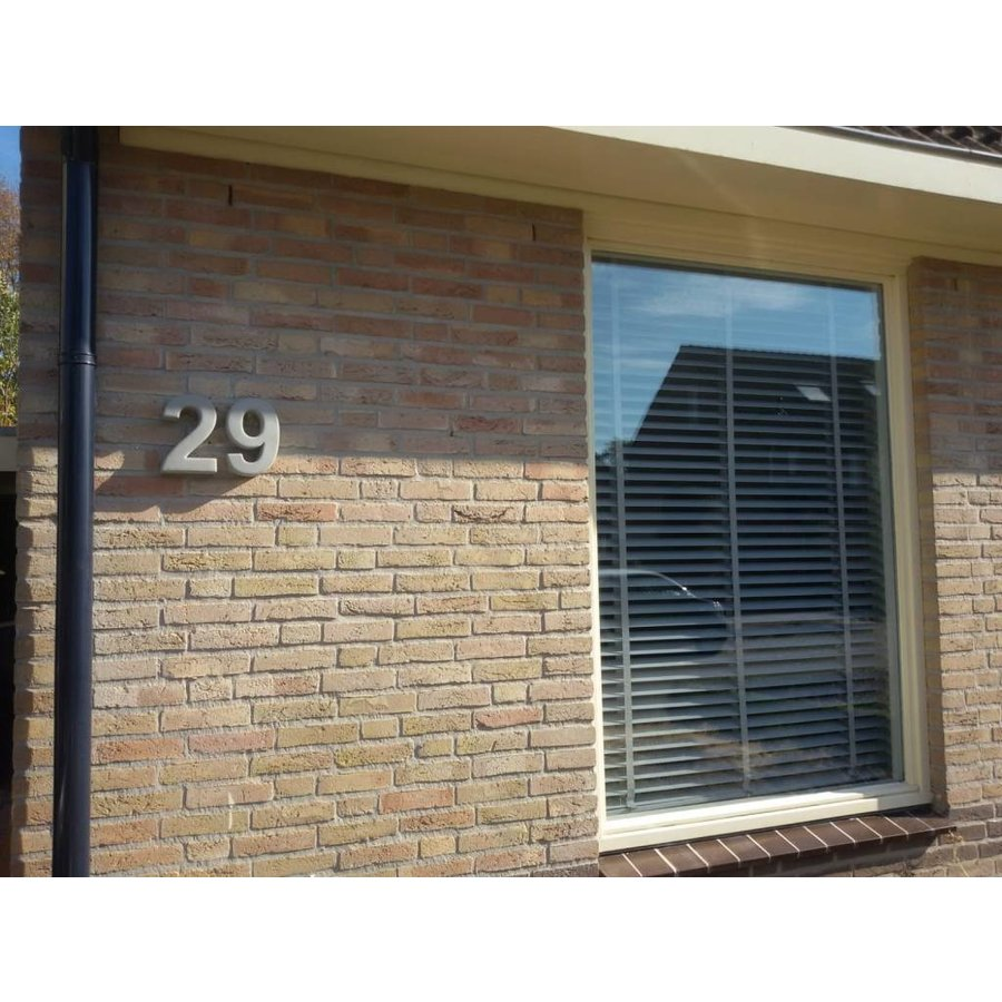 Huisnummer beton 9