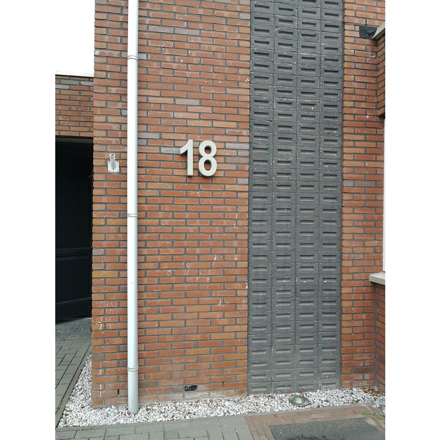 Huisnummer GROOT nr. 1