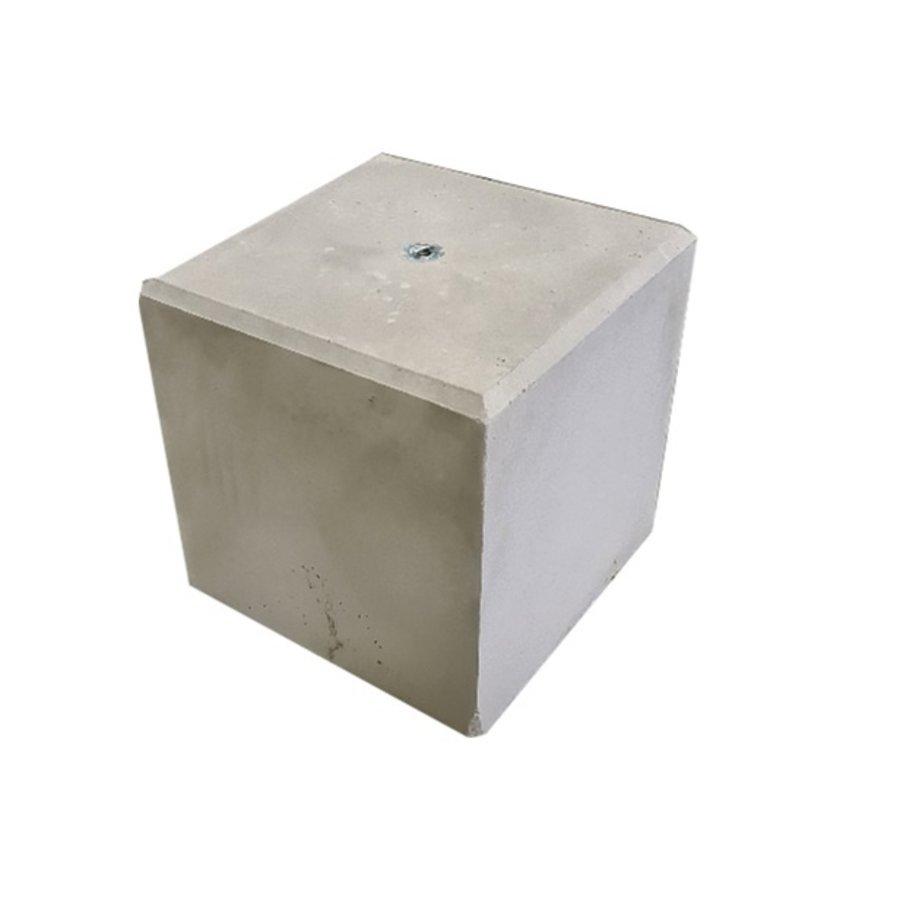 Betonpoer 40x40 en 40 cm hoog grijs M16