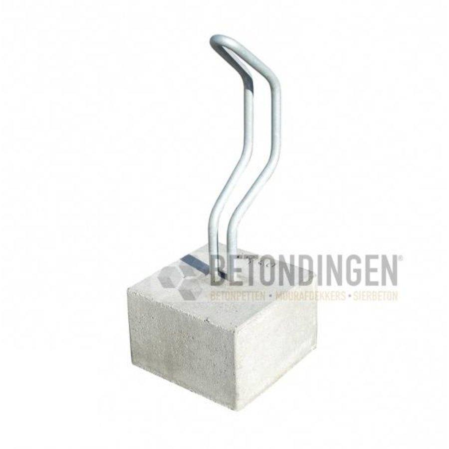 Fietsenbeugel van beton, recht