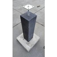 Betonpoer 15x15 en 60 cm hoog antraciet incl. hoogteverstelling