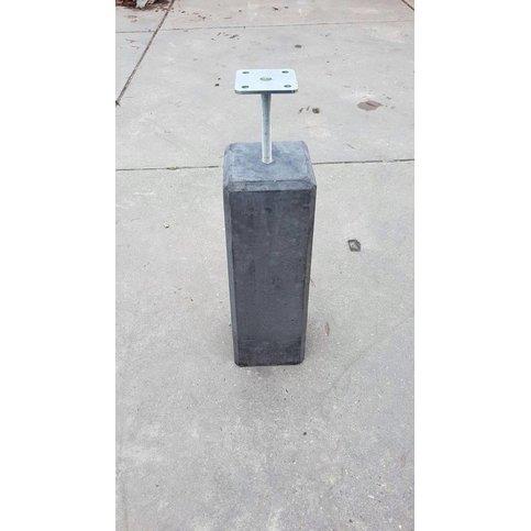 Betonpoer 12x12 en 50 cm hoog antraciet M16