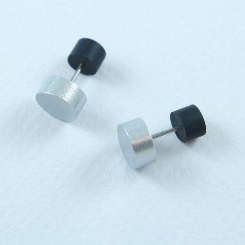 LAVI Zilverkleurig Stoere Oorknoppen 8,5mm